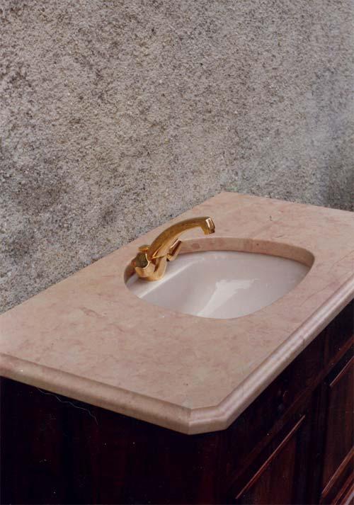 Plan d'évier en calcaire rose de Bourgogne