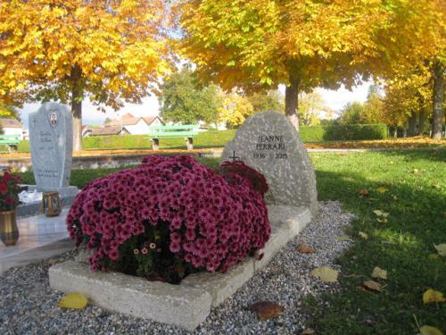 Monument en grès de la Molière